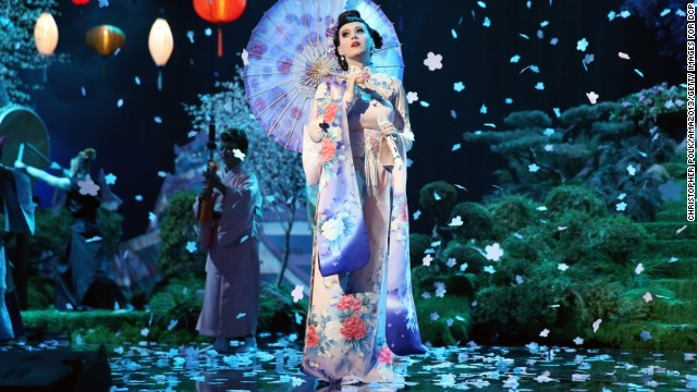 131124223722-ama-katy-perry-performance-horizontal-gallery