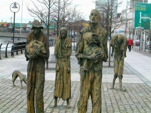 800px-Famine_memorial_dublin